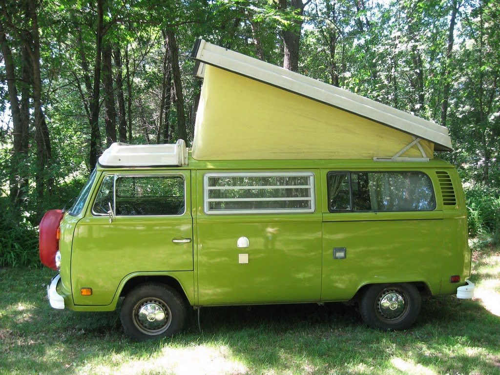 1976-VW-Westfalia-Olive